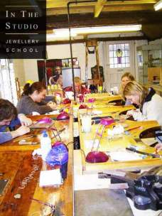 engraving-course-workshop-students