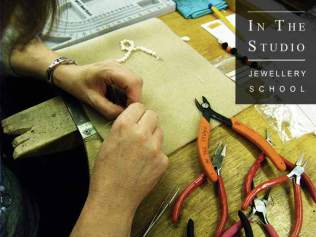 How to string beads